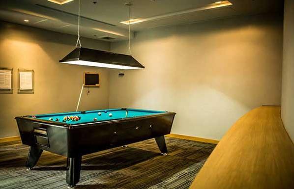 Millennium-Residence-Bangkok-pool-room